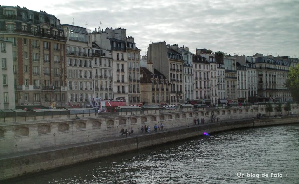 Viajar a París barato